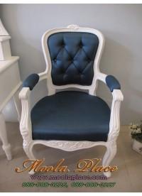 เก้าอี้หลุยส์พิกุล มีท้าวแขน ไม้สัก 1 ที่นั่ง แกะลายสวยงาม บุผ้ากำมะหยี่