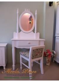 โต๊ะเครื่องแป้งสไตล์วินเทจขากลึง ตัวกระจกแกะสลักรูปโบว์ ขนาด 80 x 45 x 75 พร้อมสตูลเจ้าหญิง