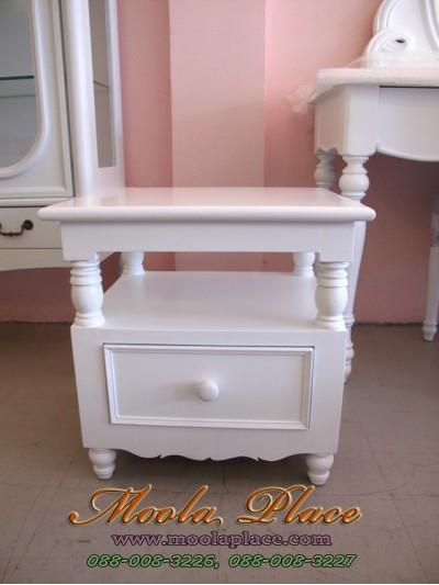 ตู้หัวเตียง / โต๊ะข้าง ขนาด 1 ลิ้นชัก มีที่วางพักของ ขนาด 50*45 สูง 50 ซม