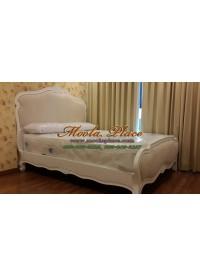 เตียงนอนแกะสลัก พร้อมบุหัวเตียงหัวและท้าย ขนาด 5 ฟุต (สามารถเลือกเปลี่ยนผ้าหนือหนังในการหุ้มได้)