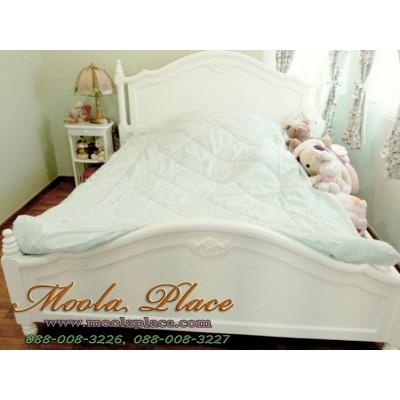 เตียงนอนสีขาว แกะสลักลาย มีลิ้นชัก ขนาด 6 ฟุต กรณีไม่เอาลิ้นชักลดราคา 3,000 บาท เหลือ 24,000 บาท