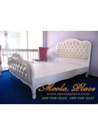 เตียงนอนวินเทจ แกะสลักลายพร้อมบุหัวเตียงหัวและท้ายเตียง ขนาด 5 ฟุต (สามารถเลือกเปลี่ยนผ้าหนือหนังในการหุ้มได้)