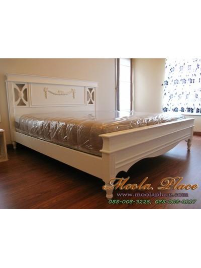 เตียงนอนสไตล์วินเทจ แกะลายหัวเตียง ขนาด 6 ฟุต