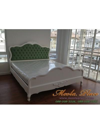 เตียงนอน แกะลายหัวและท้ายเตียง พร้อมบุหนัง PU ที่หัวเตียง ขนาด 6 ฟุต