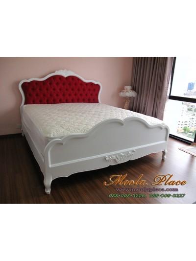 เตียงนอน แกะลายหัวและท้ายเตียง พร้อมบุกำมะหยี่หัวเตียง ขนาด 6 ฟุต