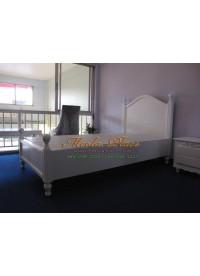 เตียงนอนสไตล์วินเทจสีขาว ขนาด 3.5 ฟุต