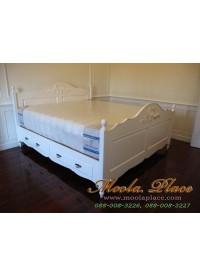 เตียงนอนสไตล์วินเทจ หัวเตียงและปลายเตียงแกะสลัก 2 ลิ้นชัก ขนาด 6 ฟุต
