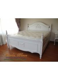 เตียงนอนสไตล์วินเทจ หัวเตียง ปลายเตียง และเสาเตียงแกะสลัก ขนาด 6 ฟุต