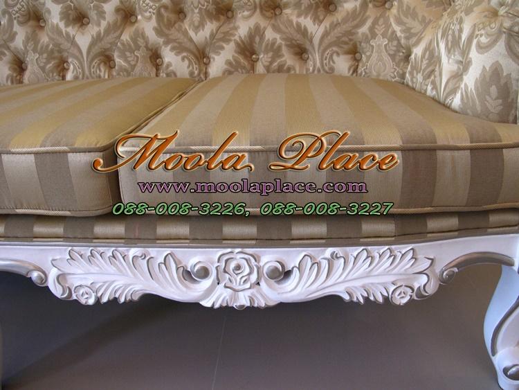 โซฟาหลุยส์โอบใหญ่ขนาด 3 ที่นั่ง ไม้สัก แกะลายสวยงาม ทำสีขาวเดินเงิน ดึงกระดุม โซฟาหลุยส์โอบใหญ่ขนาด 3 ที่นั่ง ไม้สัก แกะลายสวยงาม ทำสีขาวเดินเงิน ดึงกระดุม