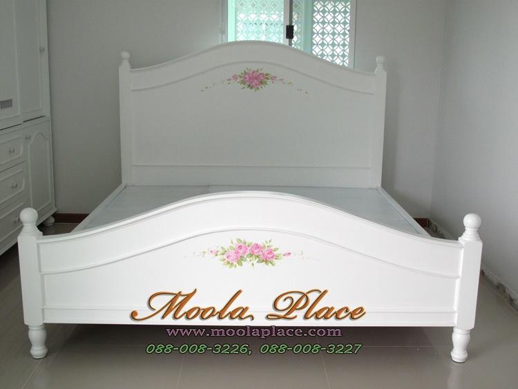 เตียงนอนสไตล์วินเทจ เพ้นท์ลายกุหลาย ขนาด 6 ฟุต